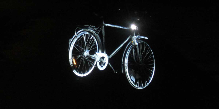 Albedo100 Light Metallic Spray Bicycle